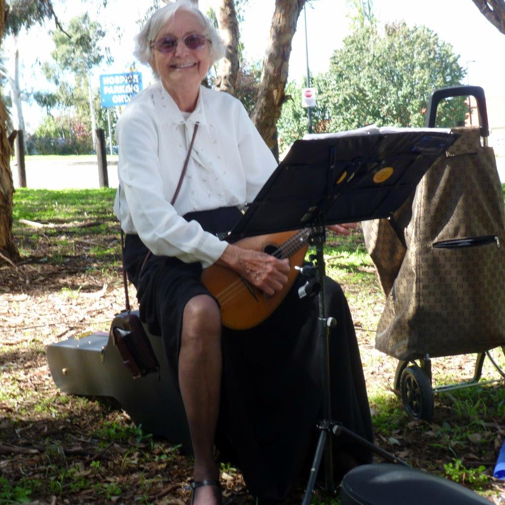 Louise Ibbotson at Grevillea Park - 2014