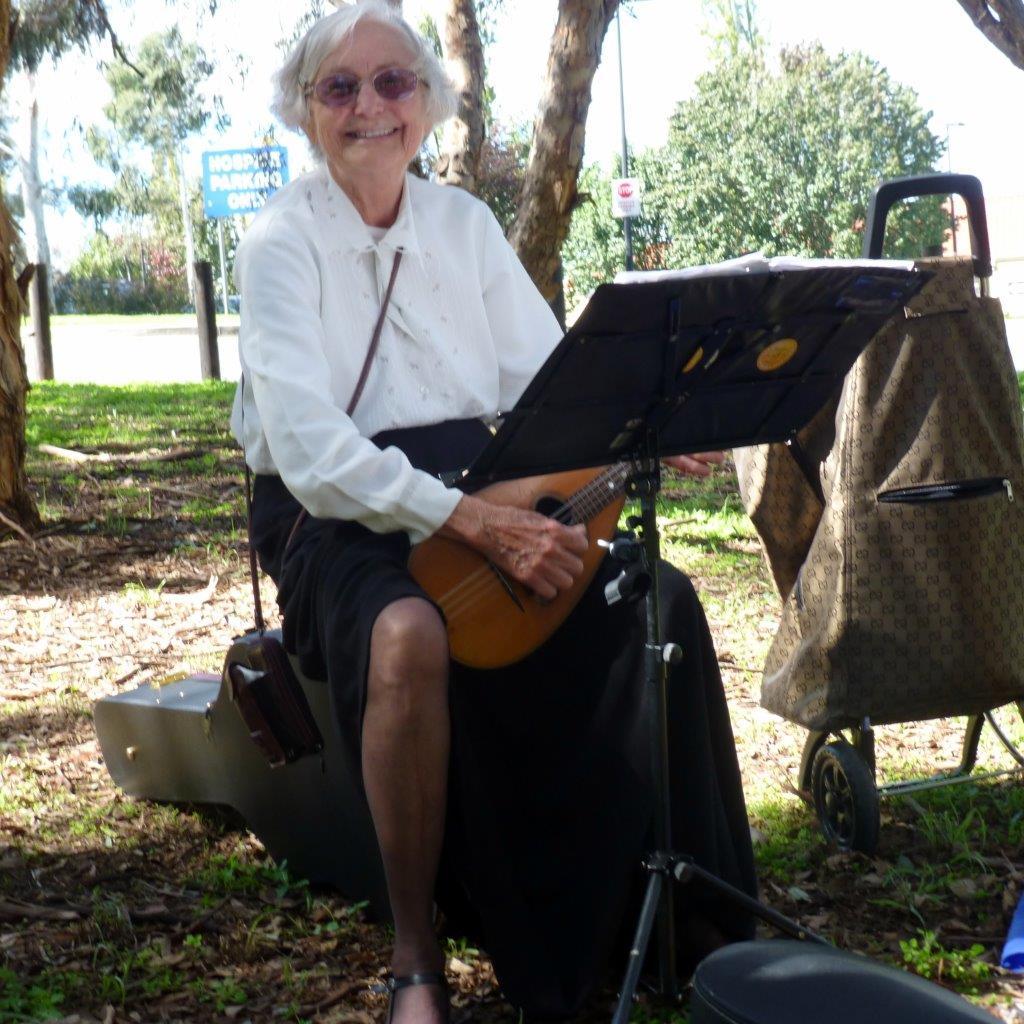 Louise Ibbotson at Grevillea Park - 2014
