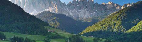 Dolomiti, la bellezza dei monti pallidi