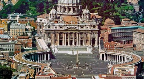 Circling the square in St Peter's: a suggestion for an itinerary in Rome*